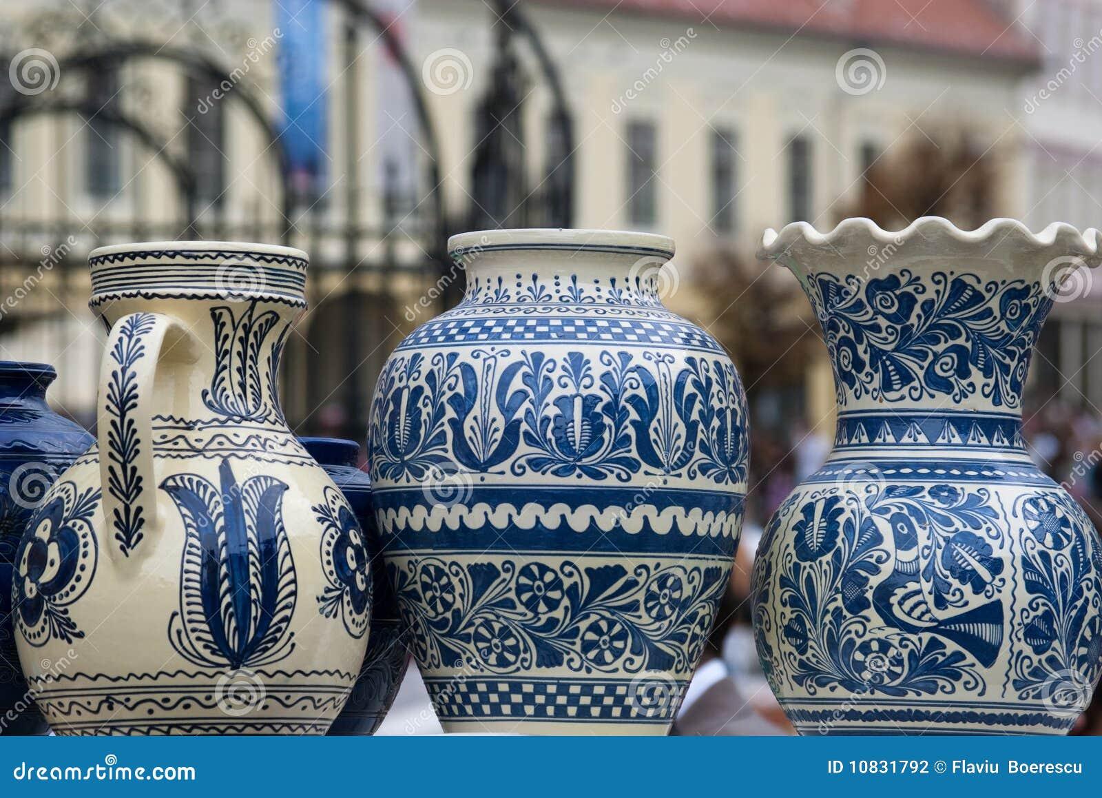 Cerámica rústica tradicional de Rumania