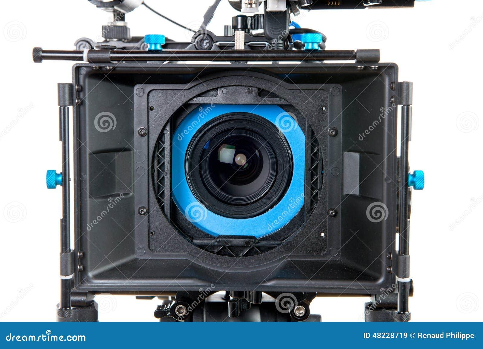 Cerca de la lente de una cámara de vídeo