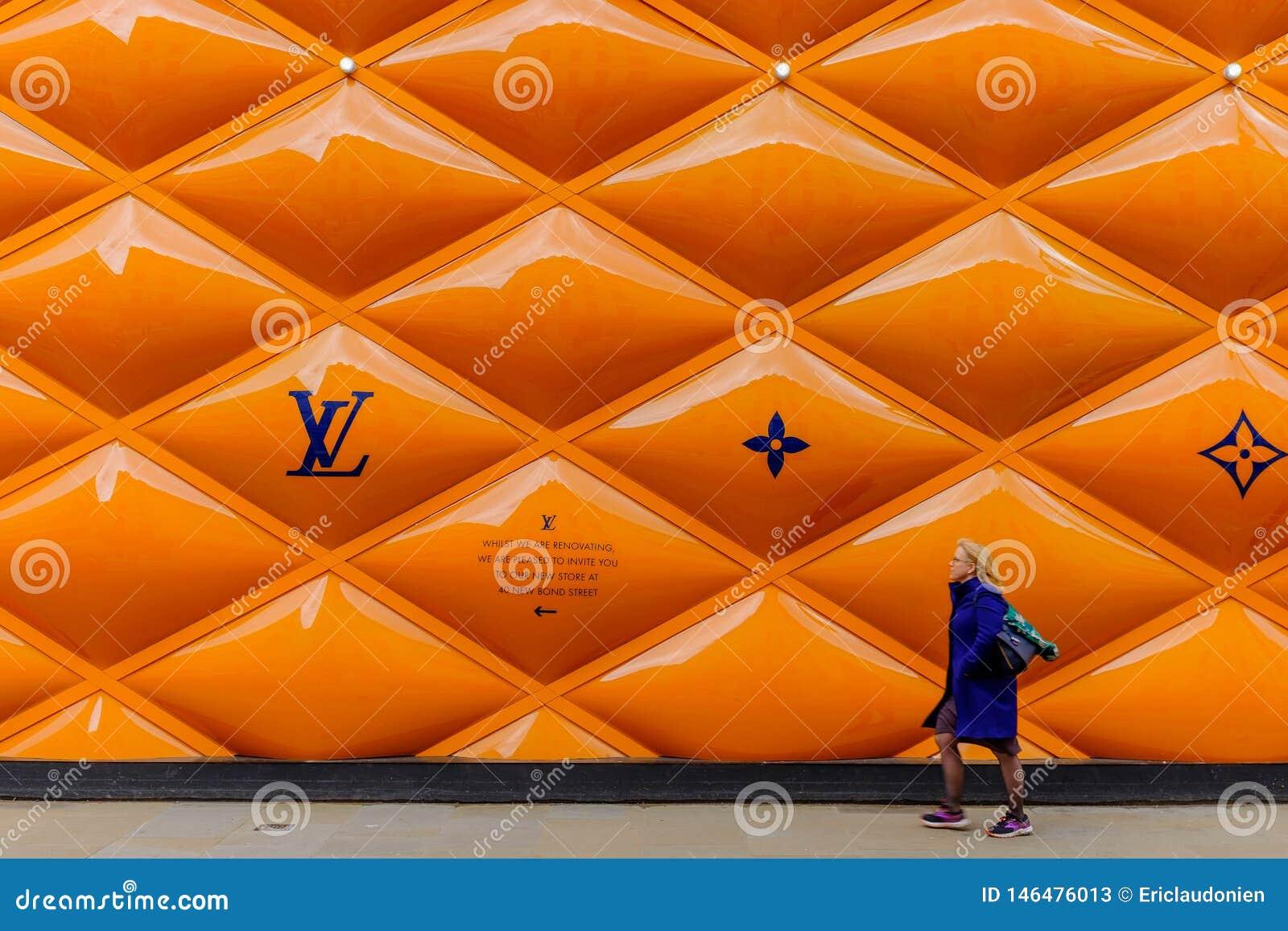 Cerca Panels-2 del solar Londres-LV