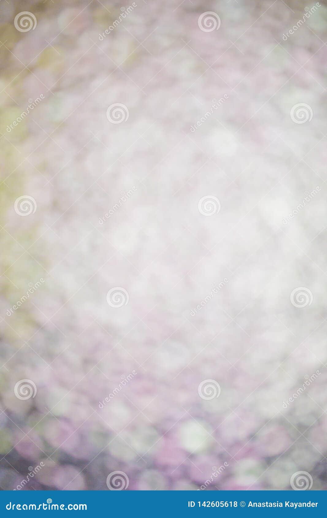 Cerchi bianchi e viola del fondo defocused di Bokeh