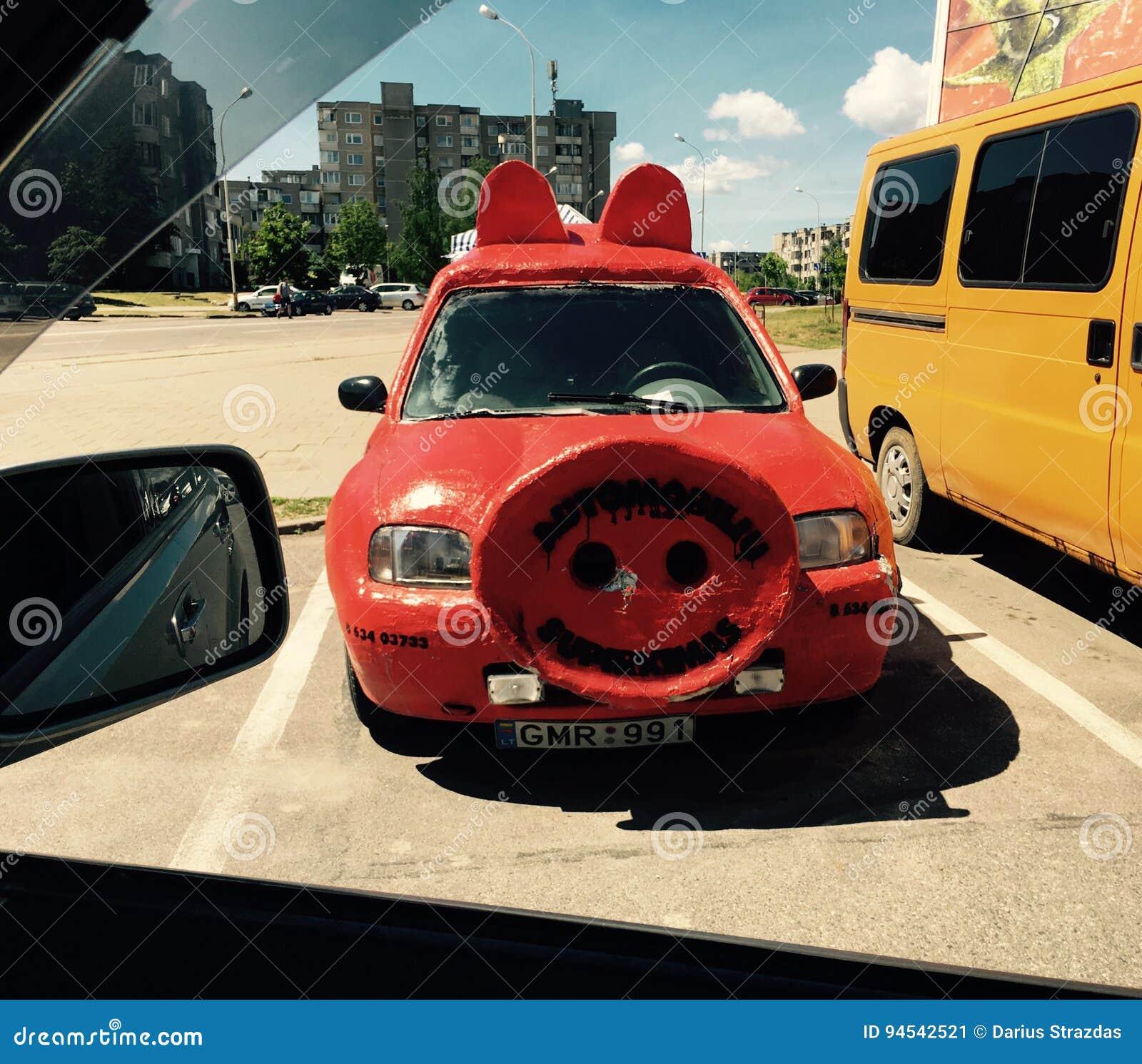 Cerdo divertido del coche