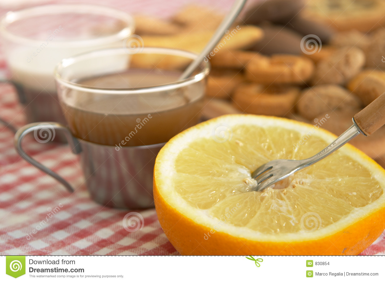 Cereal biscuits, grapefruit and a cup of tea or milk