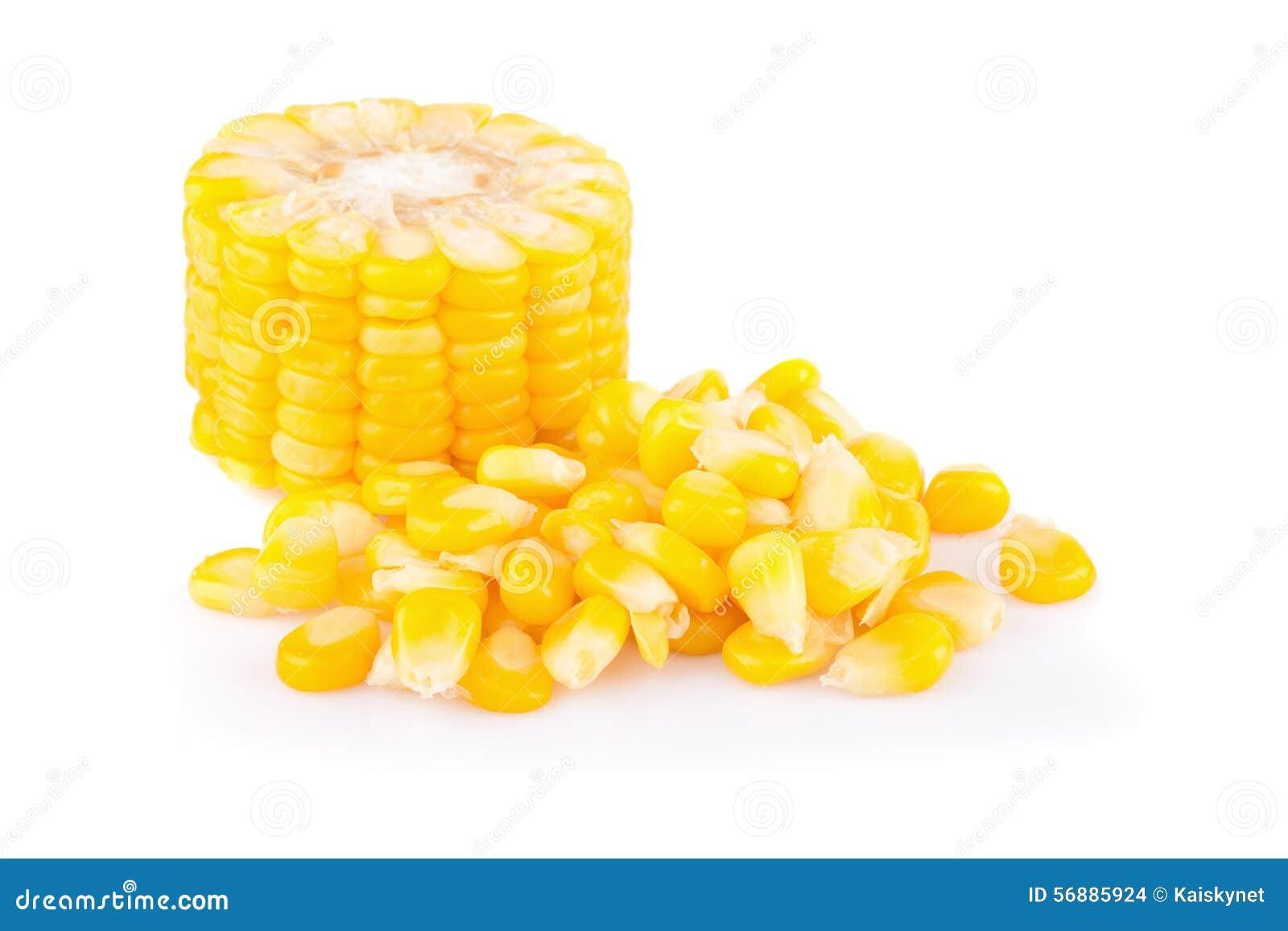 Cereale giallo isolato su fondo bianco