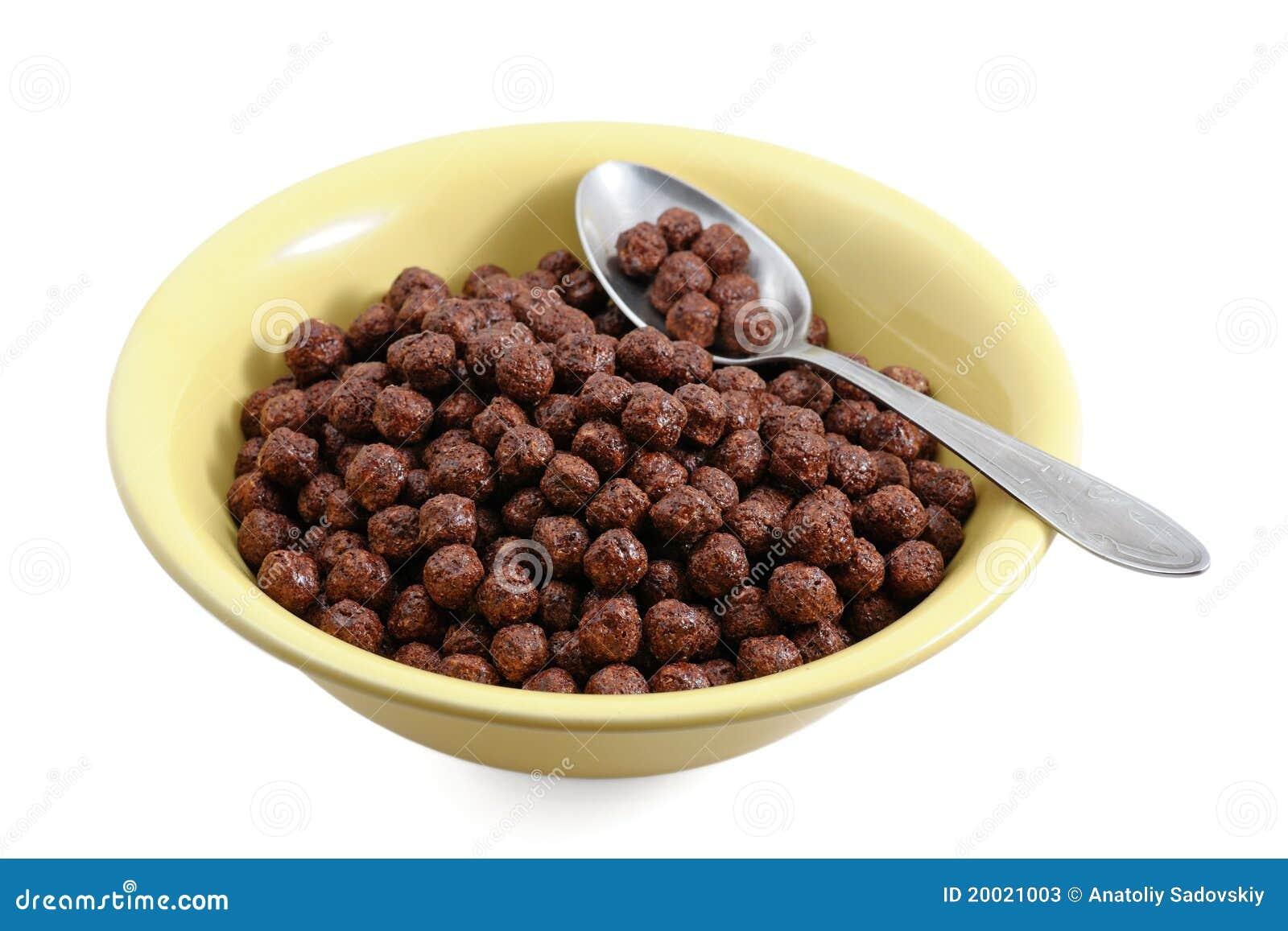 Cereales del chocolate en taz n de fuente fotos de archivo for Tazon cereales