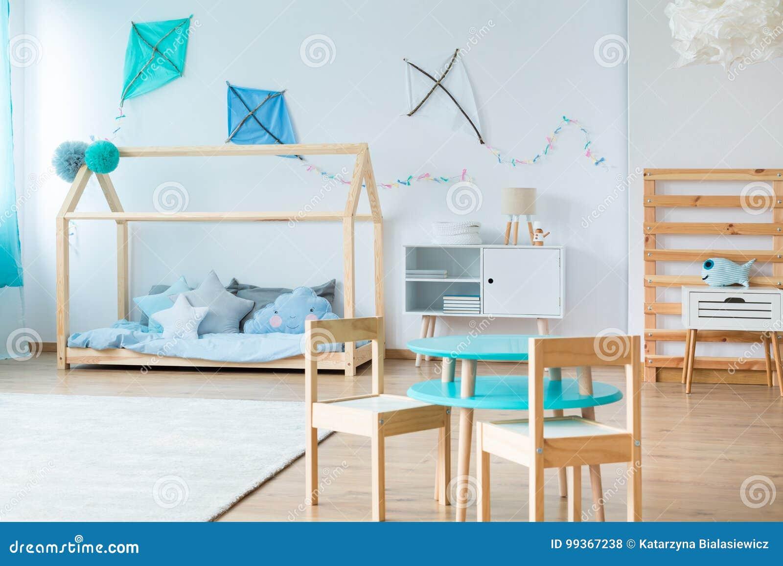 Cerfs-volants Bleus Dans La Chambre à Coucher D\'enfants ...
