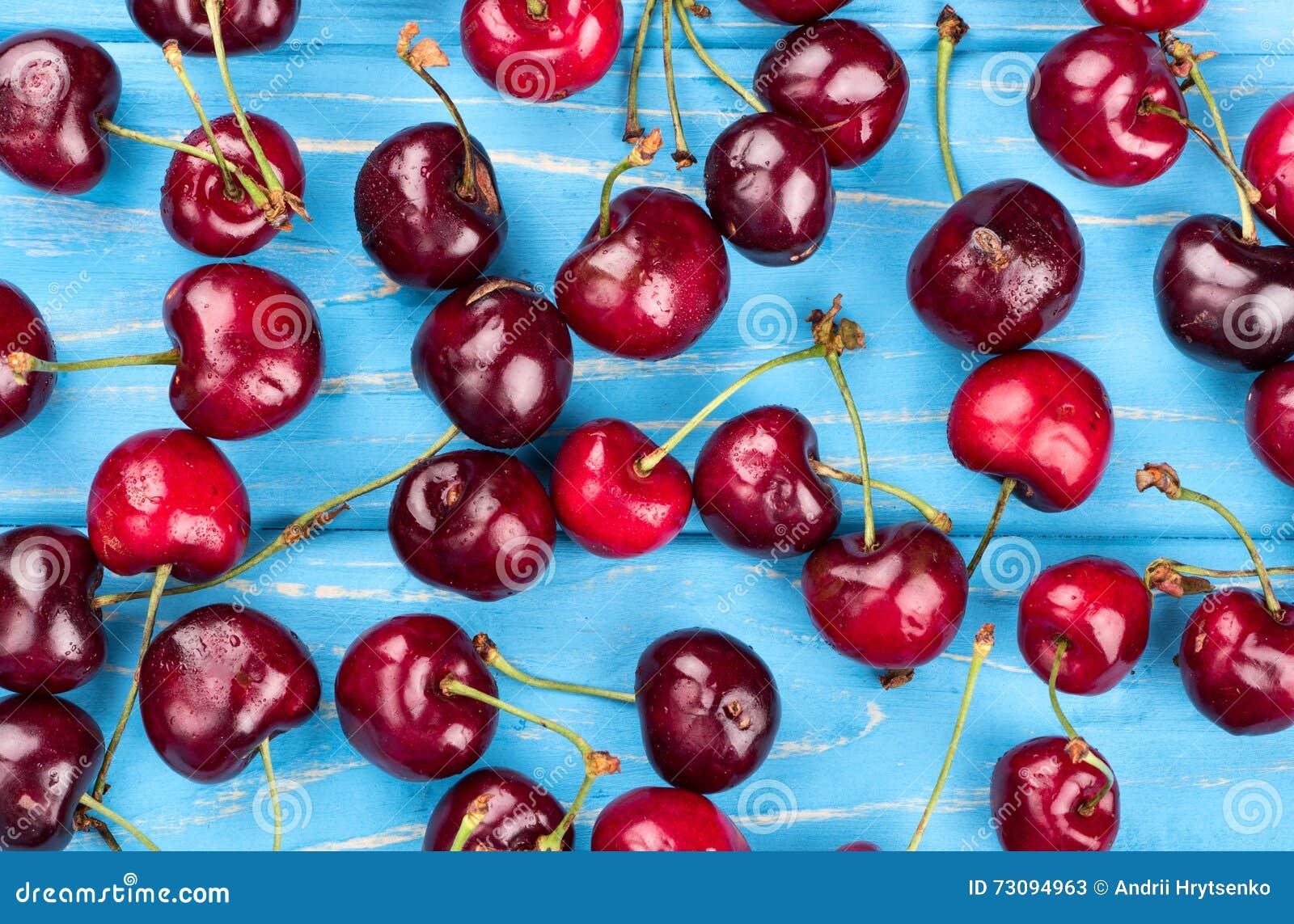 Cerises rouges