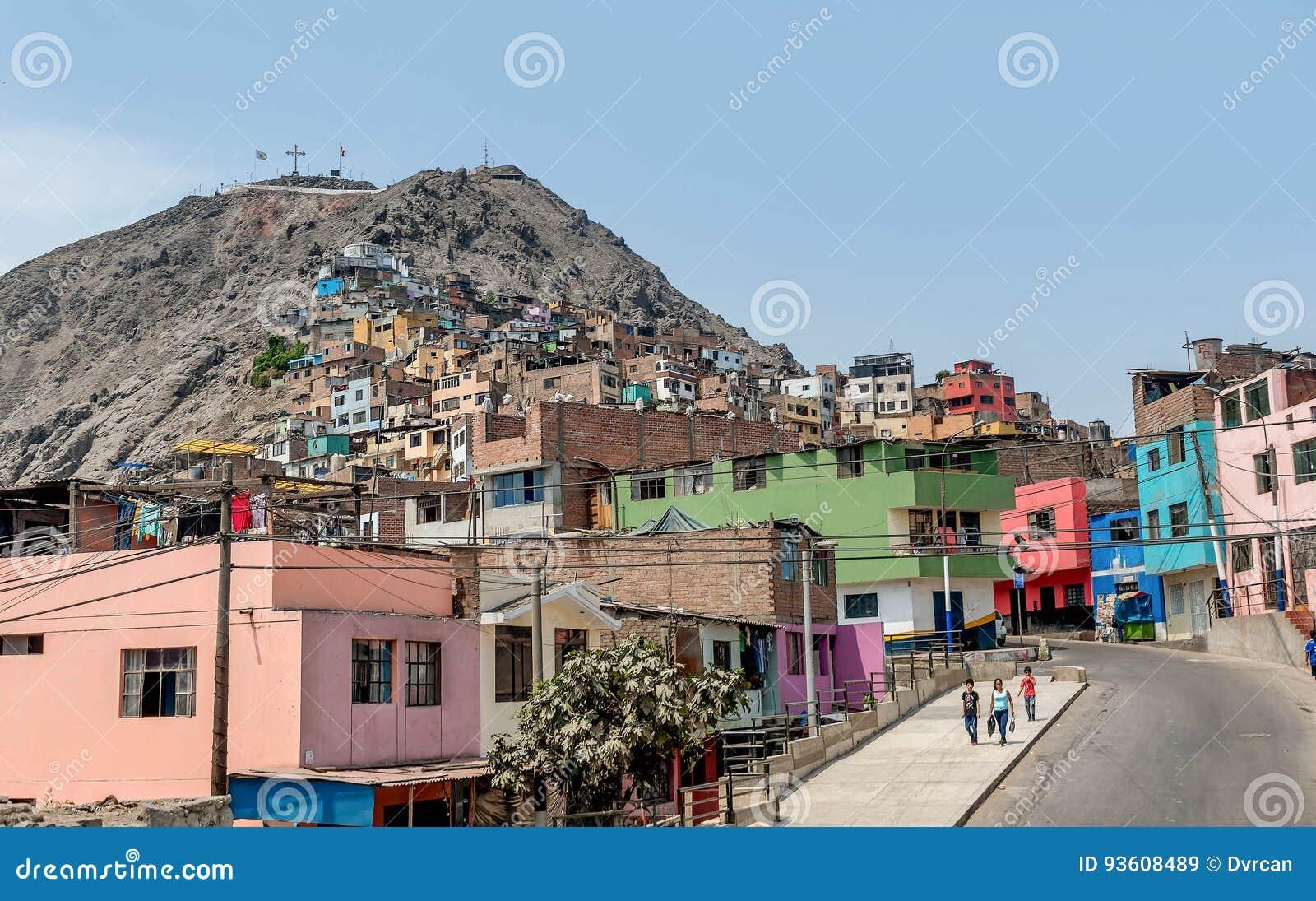 Cerro San Cristobal krottenwijk in Lima, Peru
