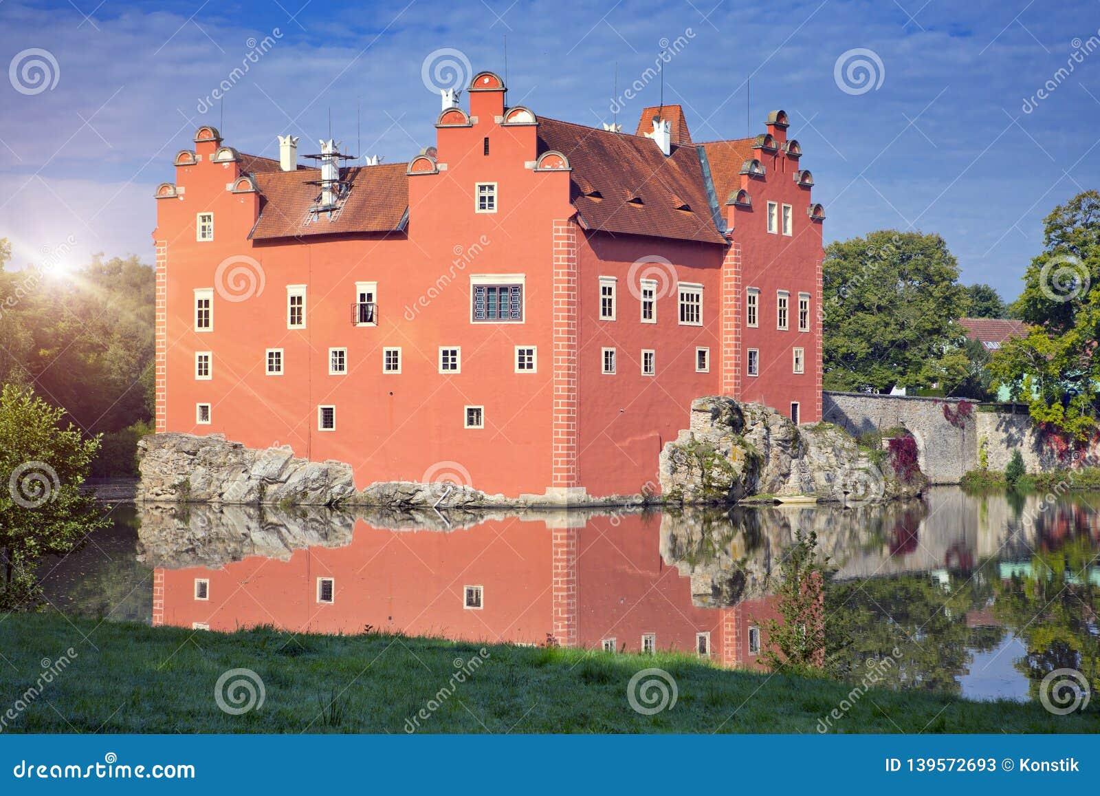 Cervena Lhota. Czech Republic. Castle on the lake