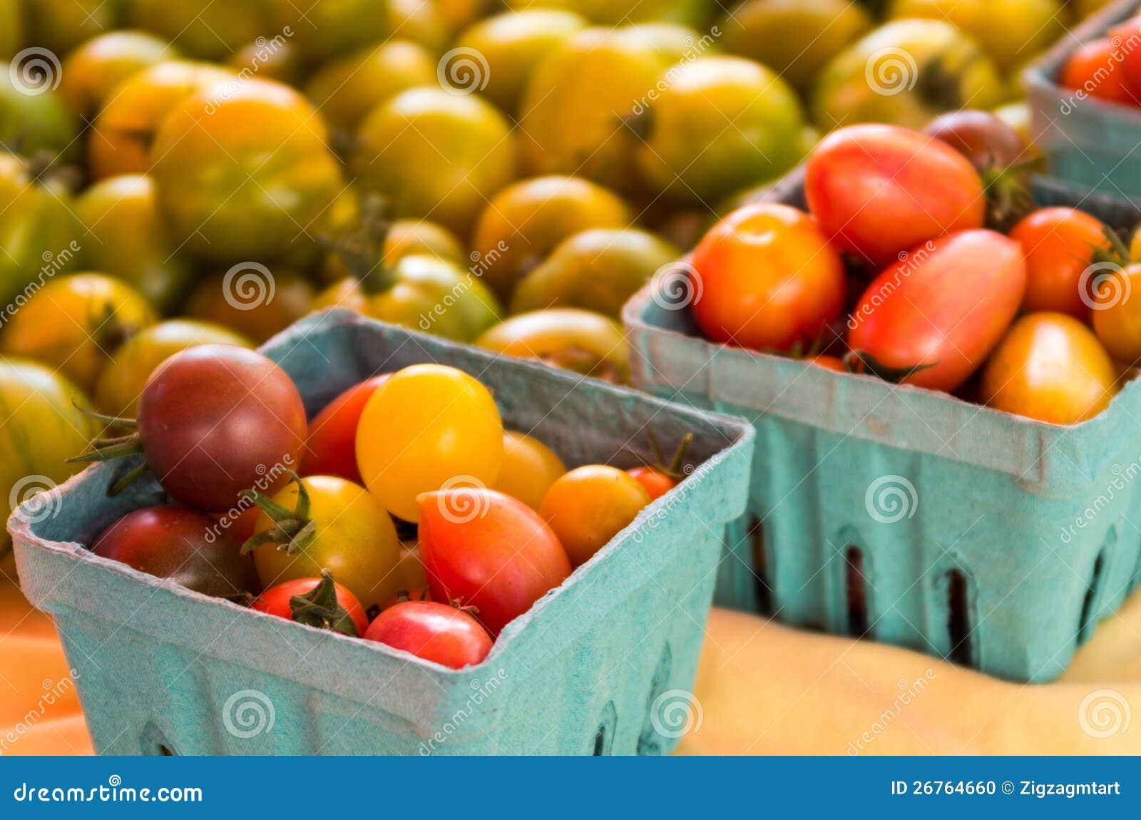 Cestas de tomates de cereza