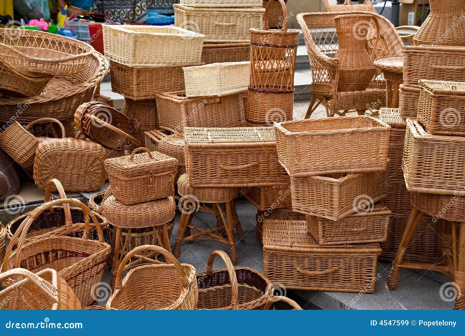 Cestas de vime imagens de stock royalty free imagem 4547599 - Cestos de minbre ...