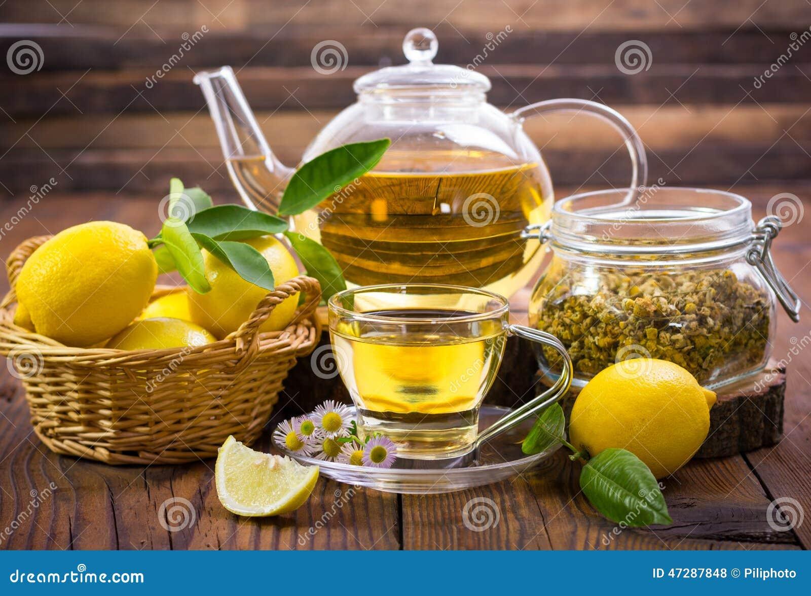 Chá de camomila quente