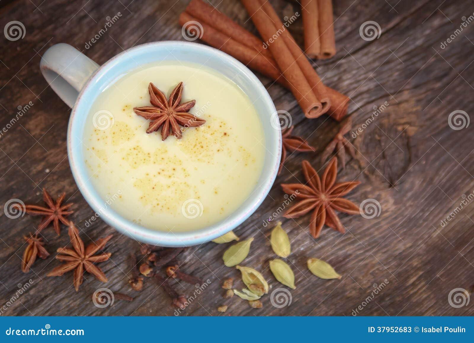 Chá de Chai com anis