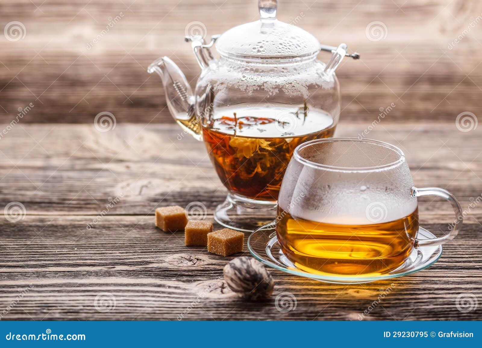 Download Chá de florescência imagem de stock. Imagem de verde - 29230795