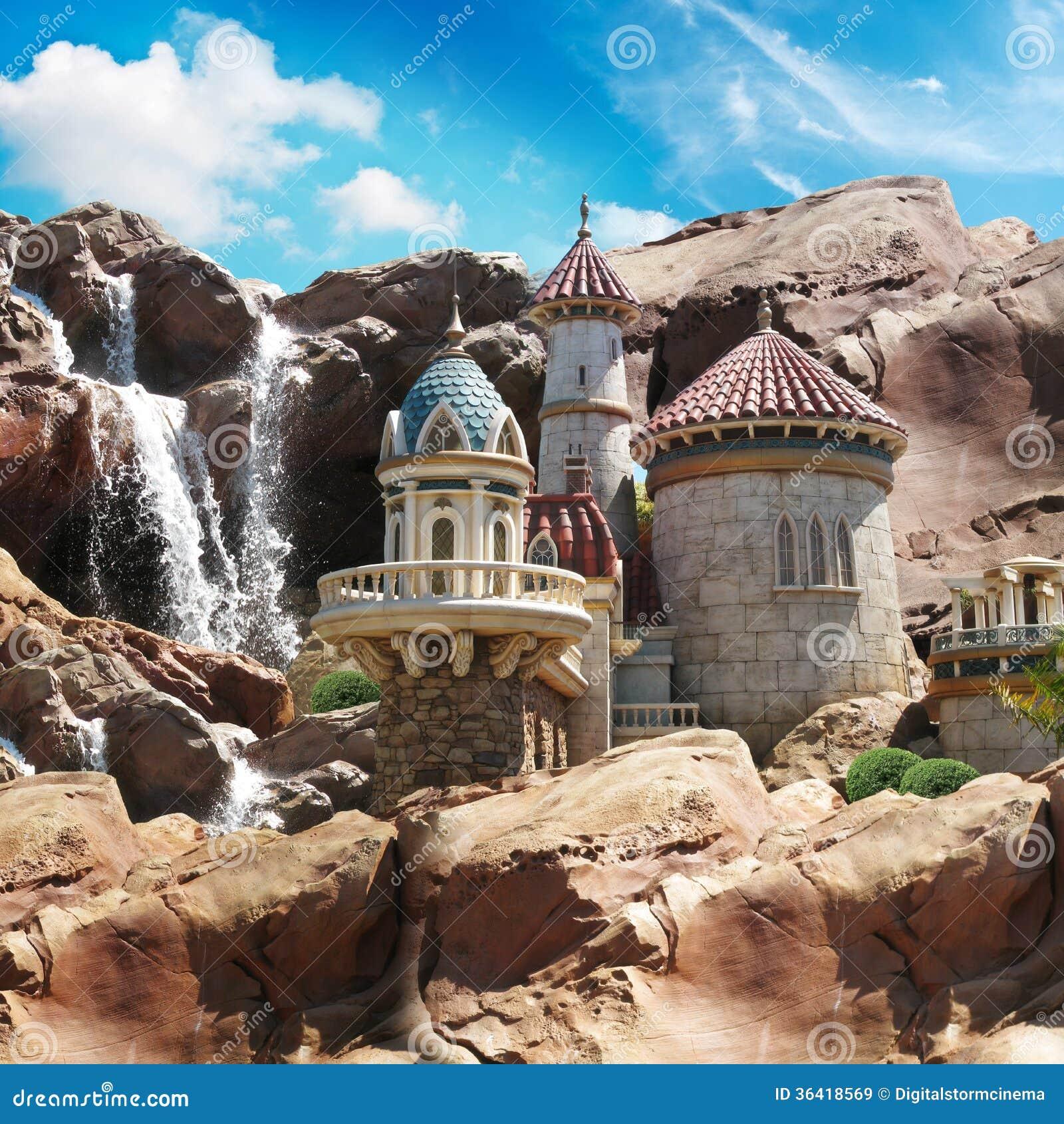 Château d imagination sur les falaises