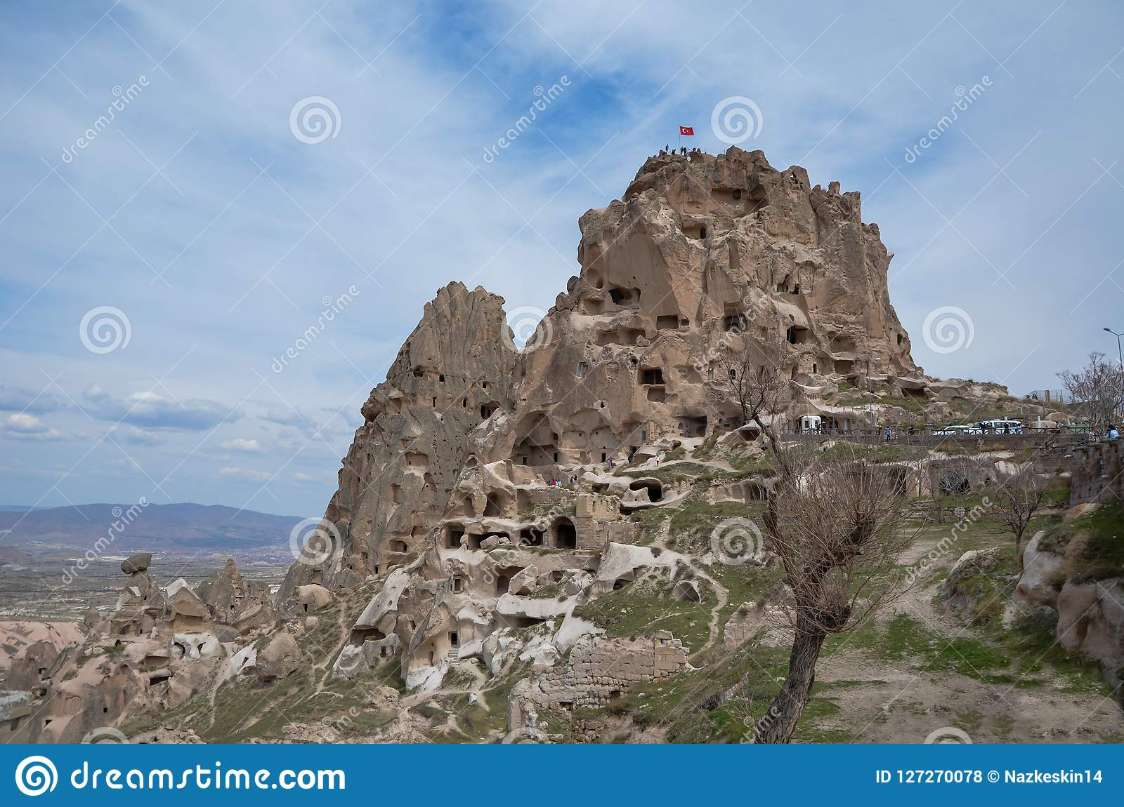 Château d Uchisar en ciel de Cappadocia Turquie, bleu et nuageux