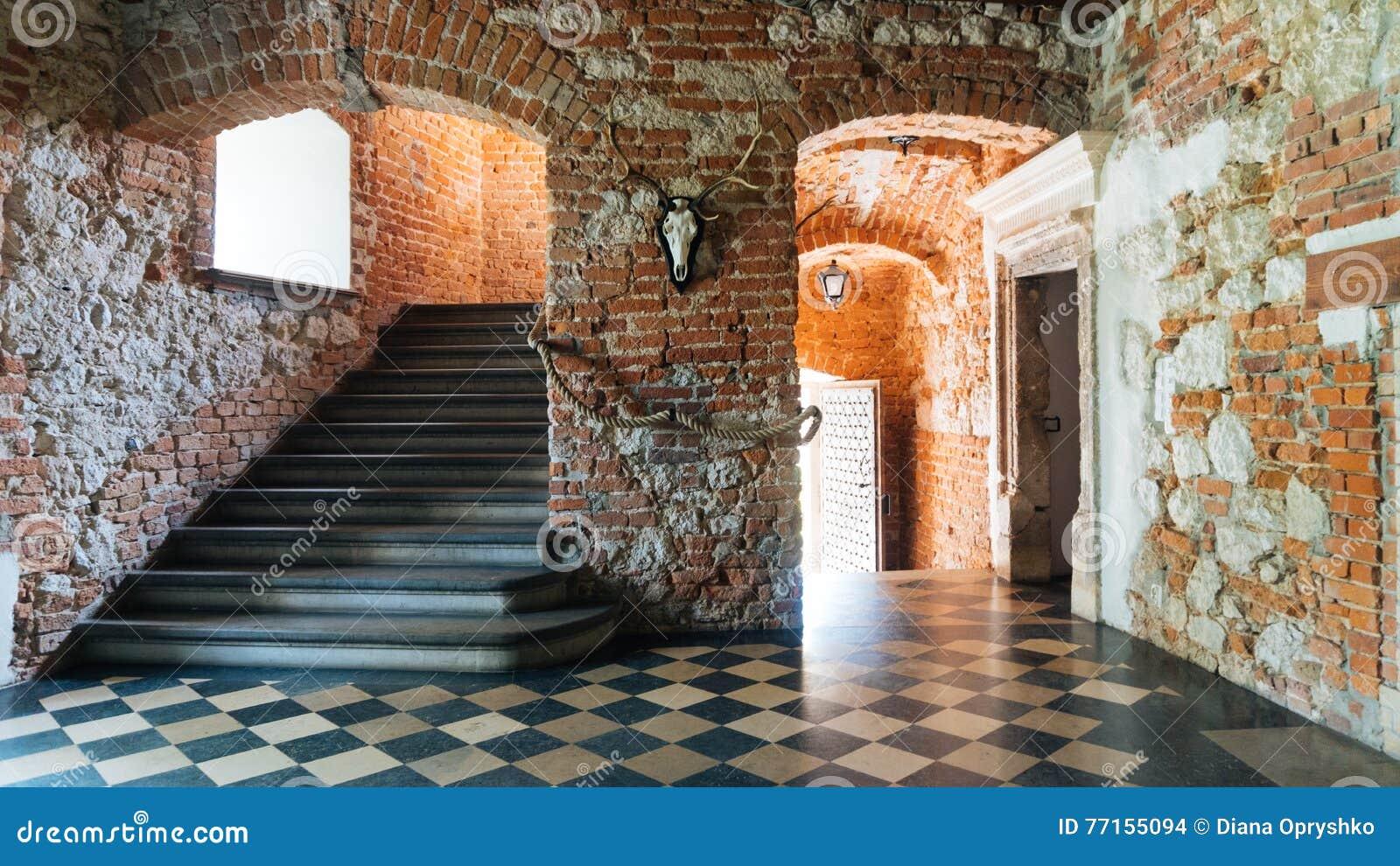 Château de Korzkiew construit pendant la moitié du 14ème siècle