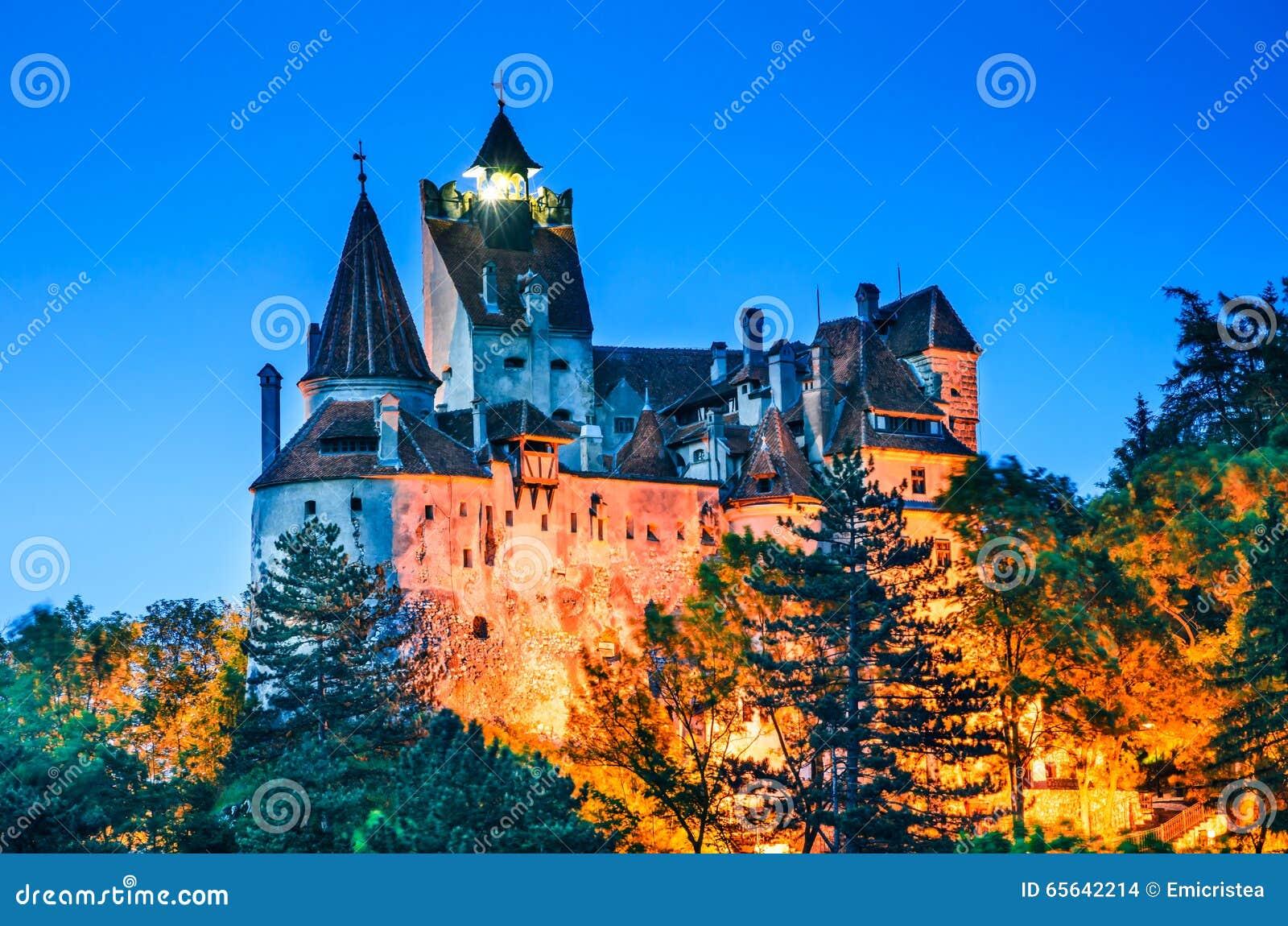 Château de son, vue crépusculaire, Roumanie