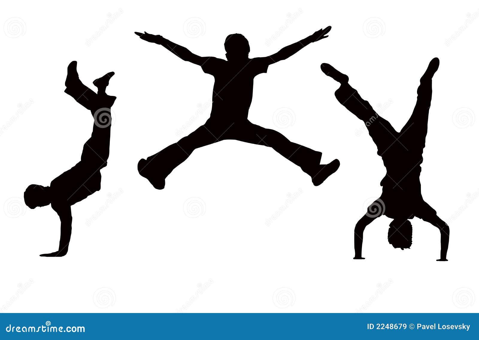 Chłopcy skaczą