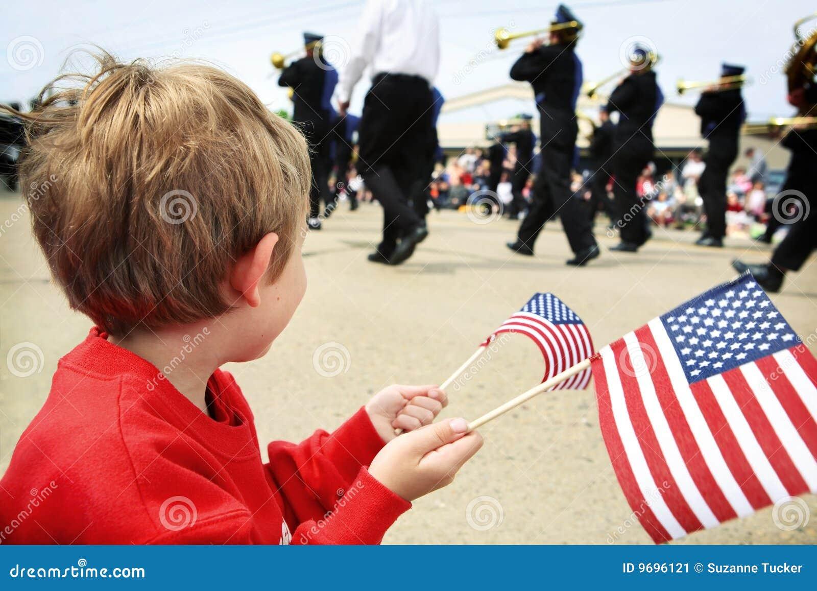 Chłopiec dzień pamiątkowi parady dopatrywania potomstwa