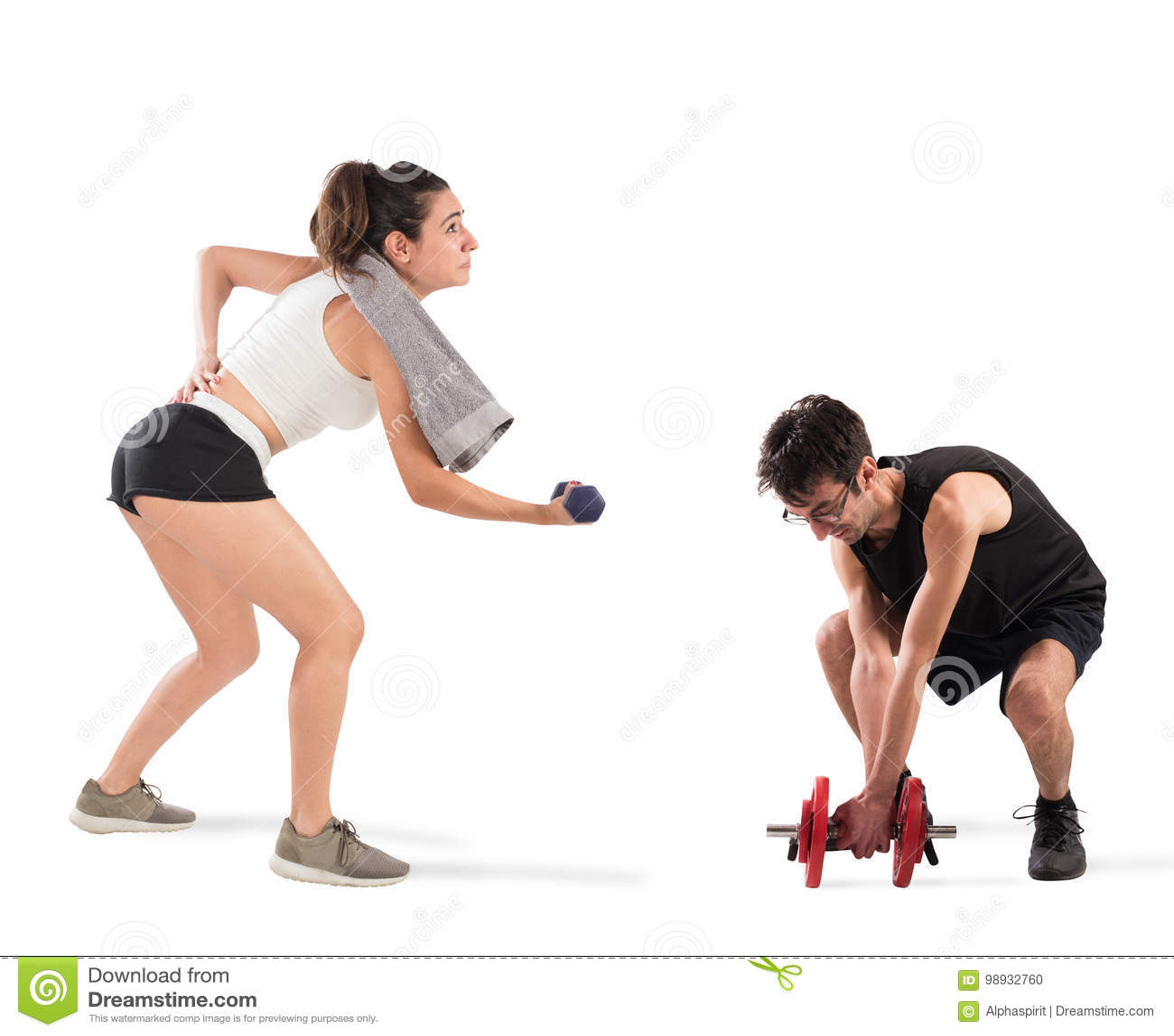 Chłopiec i dziewczyna ma trudność przy gym