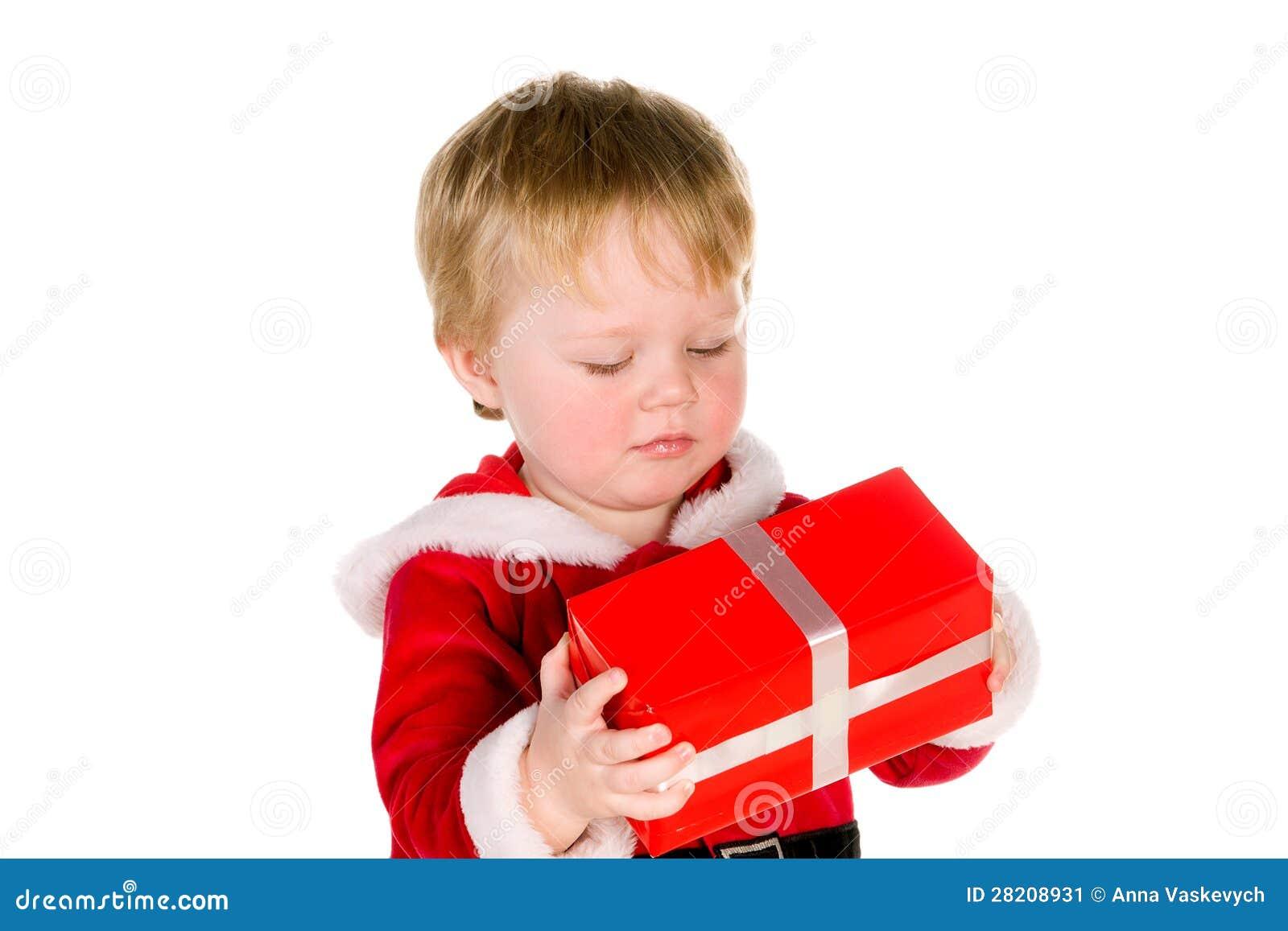 Chłopiec ubierał jako Święty Mikołaj
