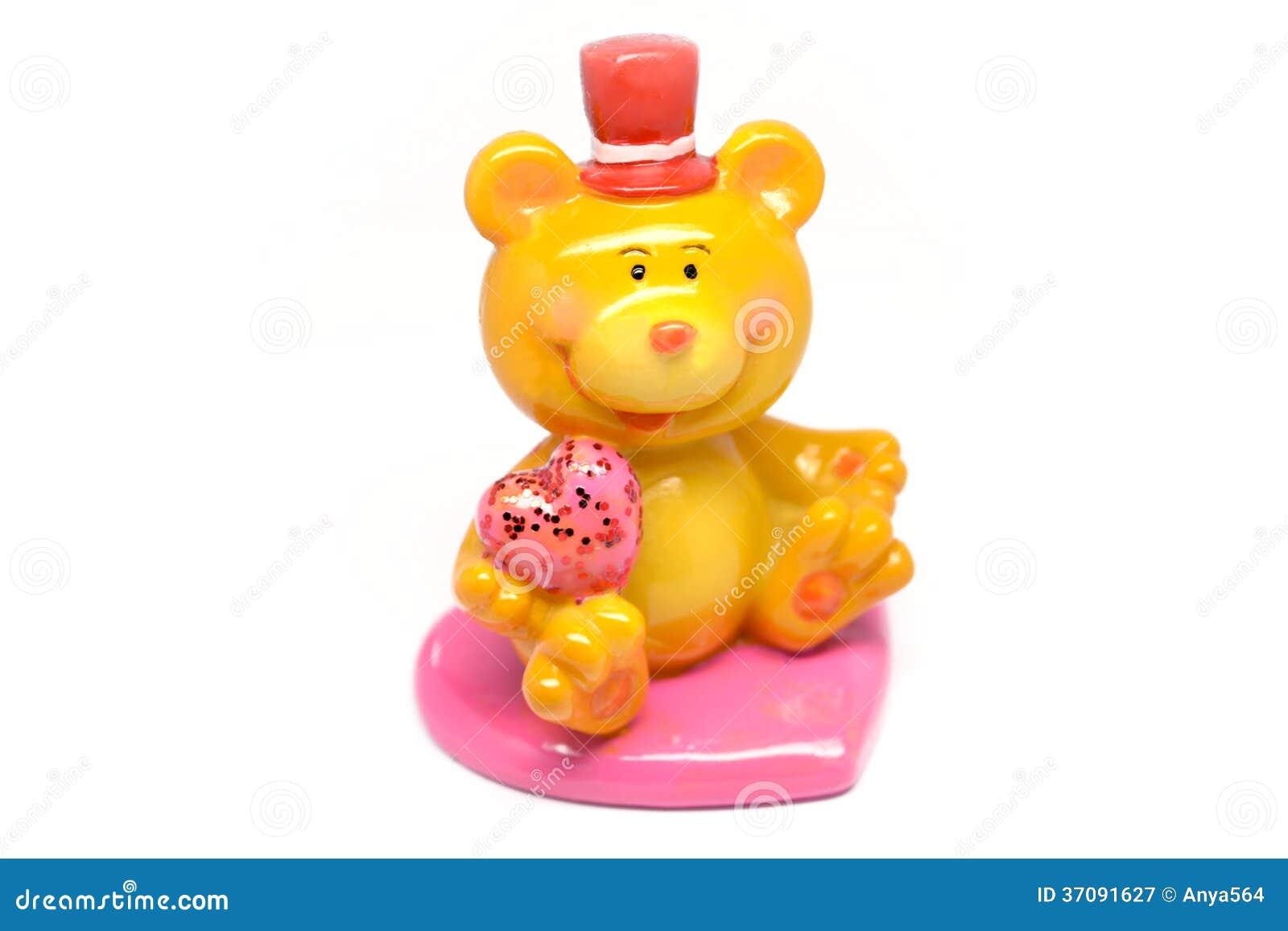Download Chłopiec trzyma serce obraz stock. Obraz złożonej z obdarzony - 37091627