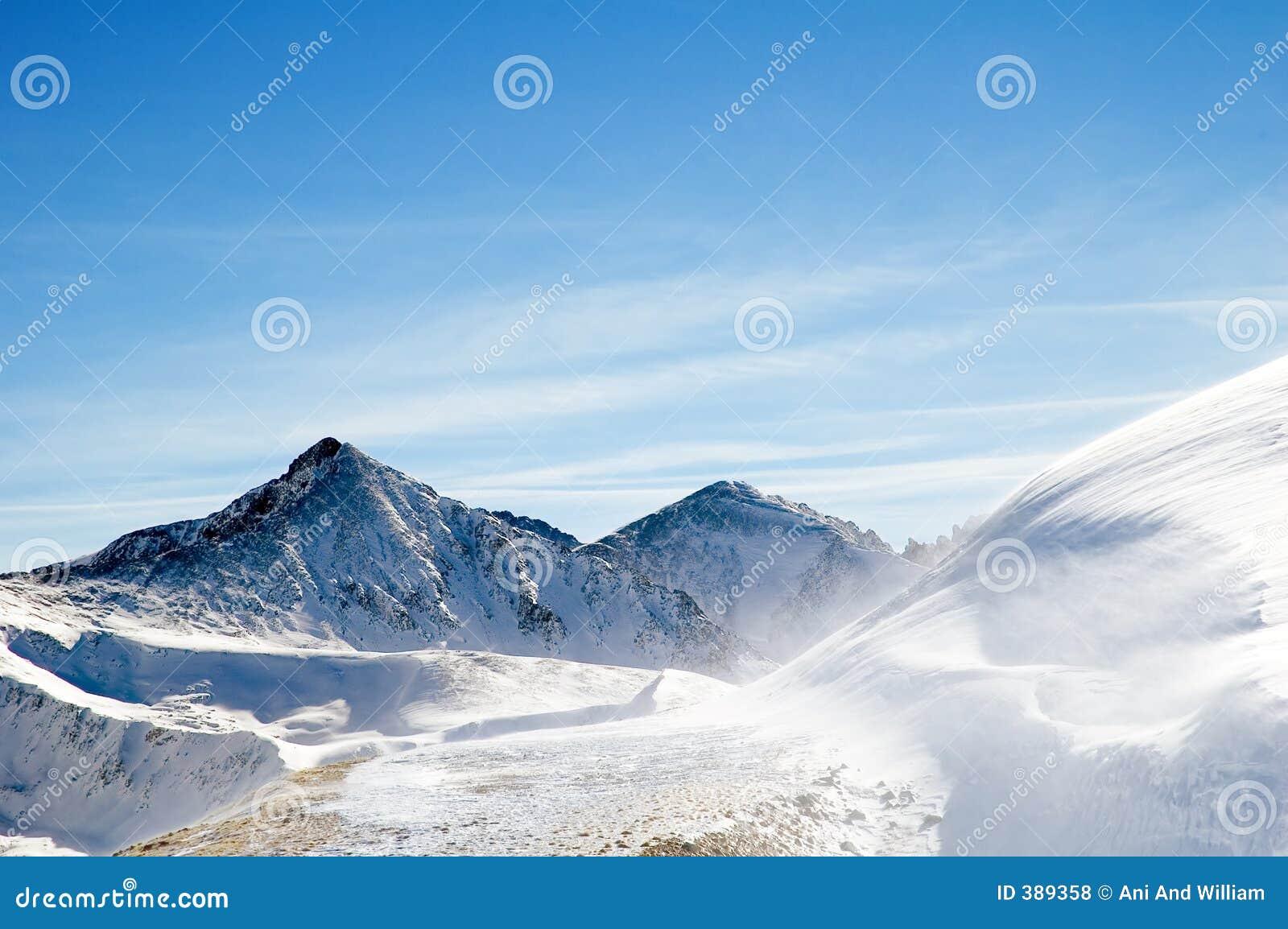 Chaîne de montagne 4