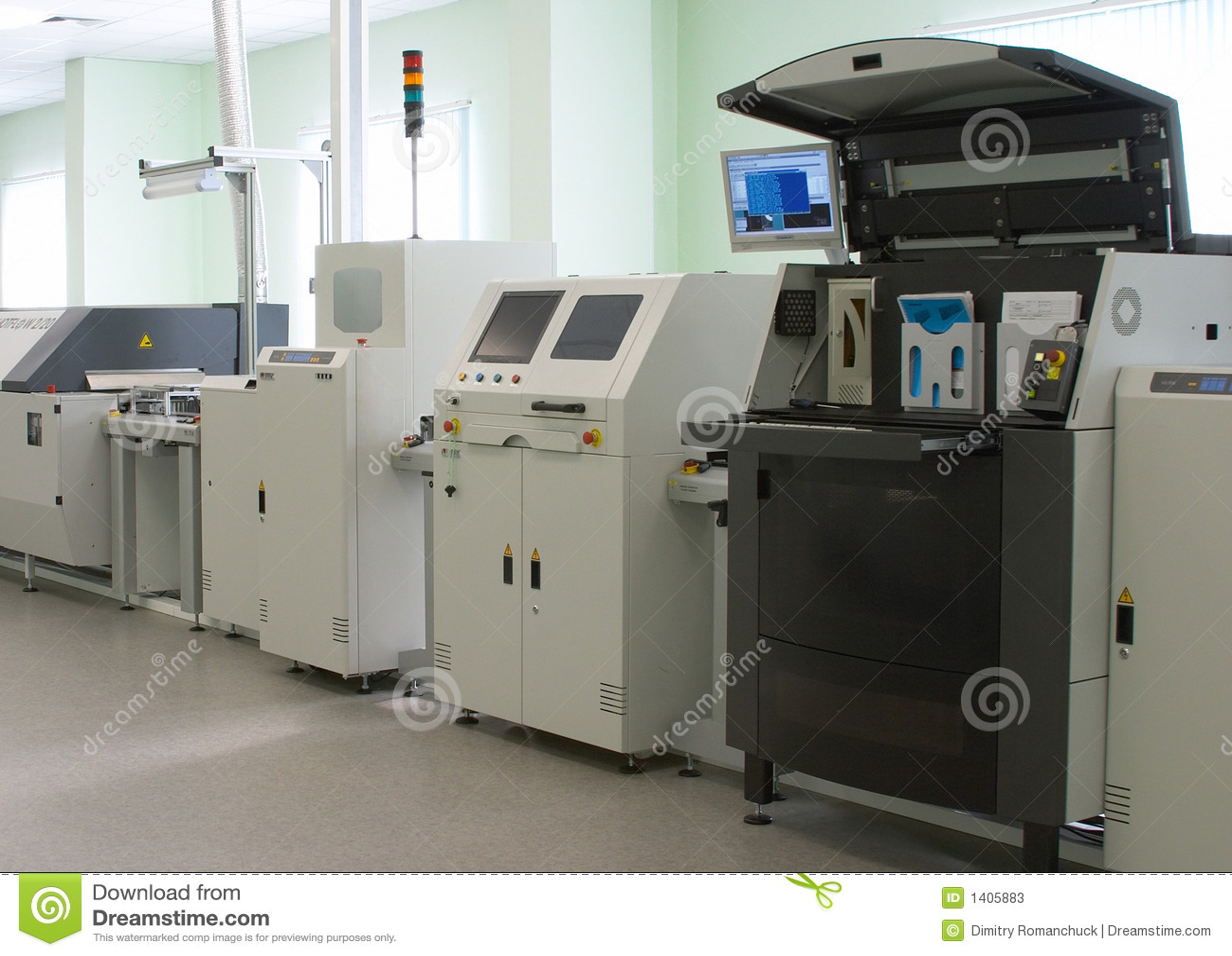 Chaîne de production d ordinateur automatique