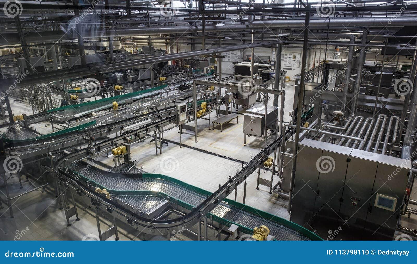 Chaîne de production d usine de brasserie Convoyeur, canalisation et tout autre outillage industriel, aucune personnes