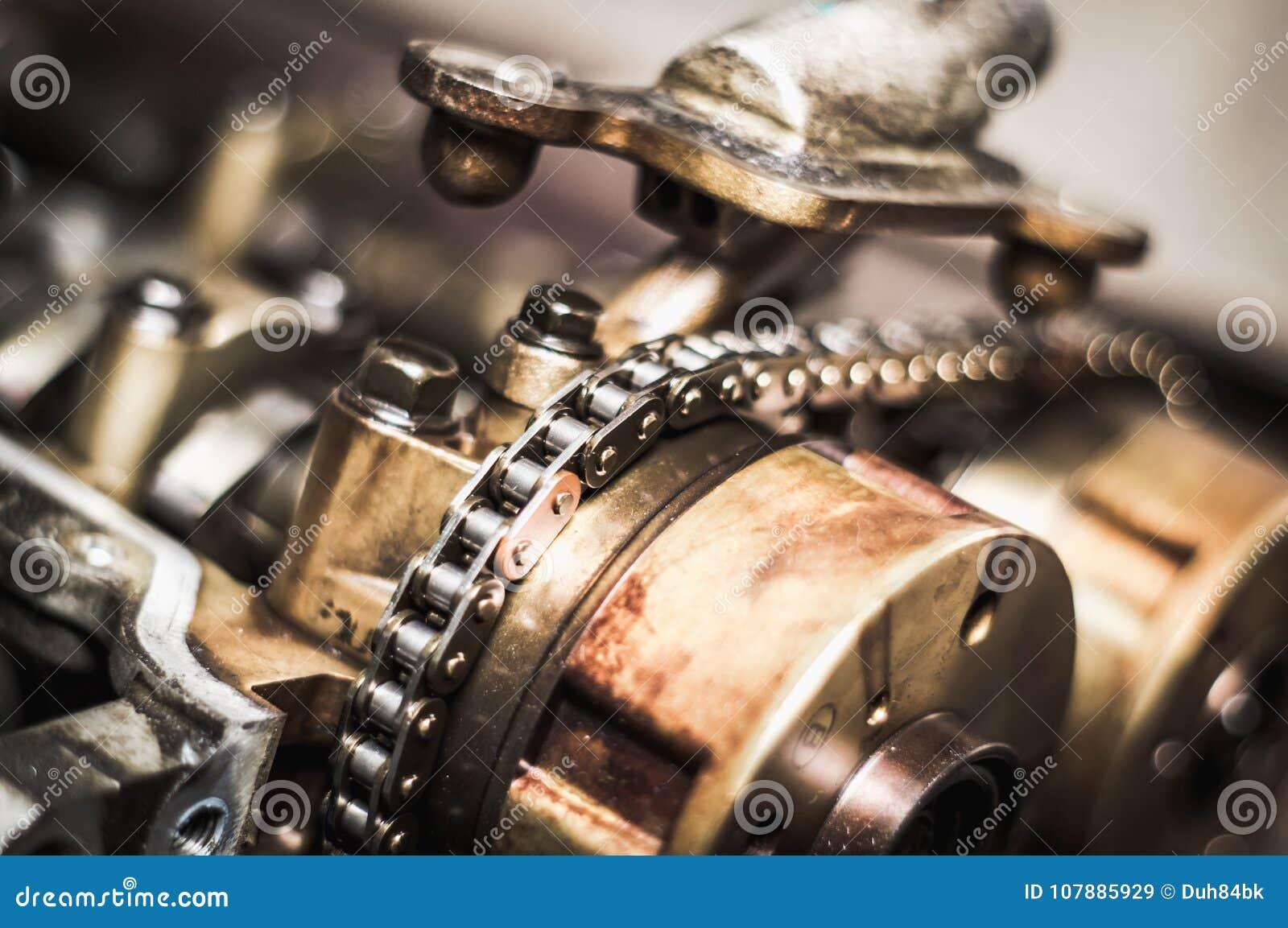 Chaîne de synchronisation de voiture dans le moteur coupé