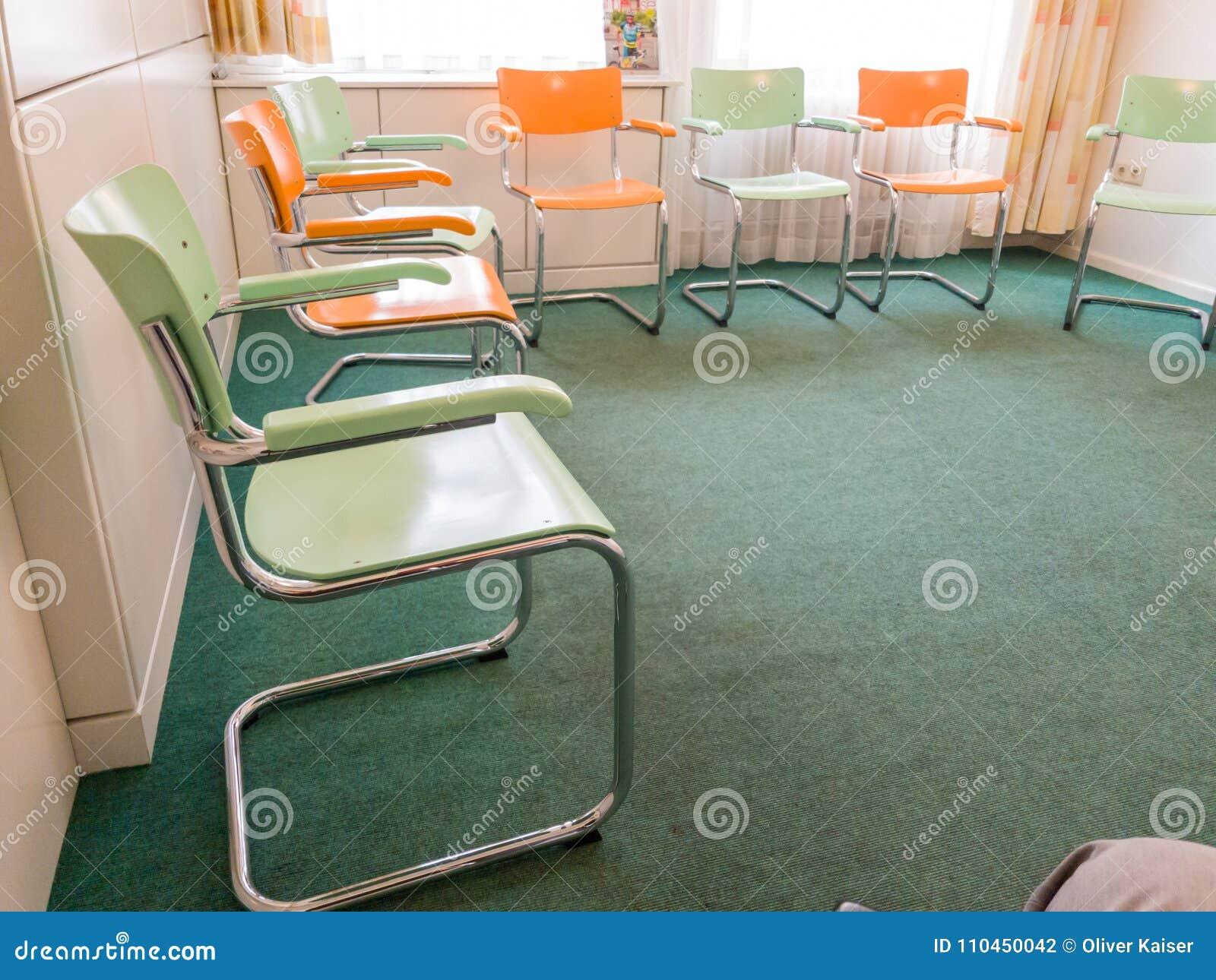 Chairs lokal