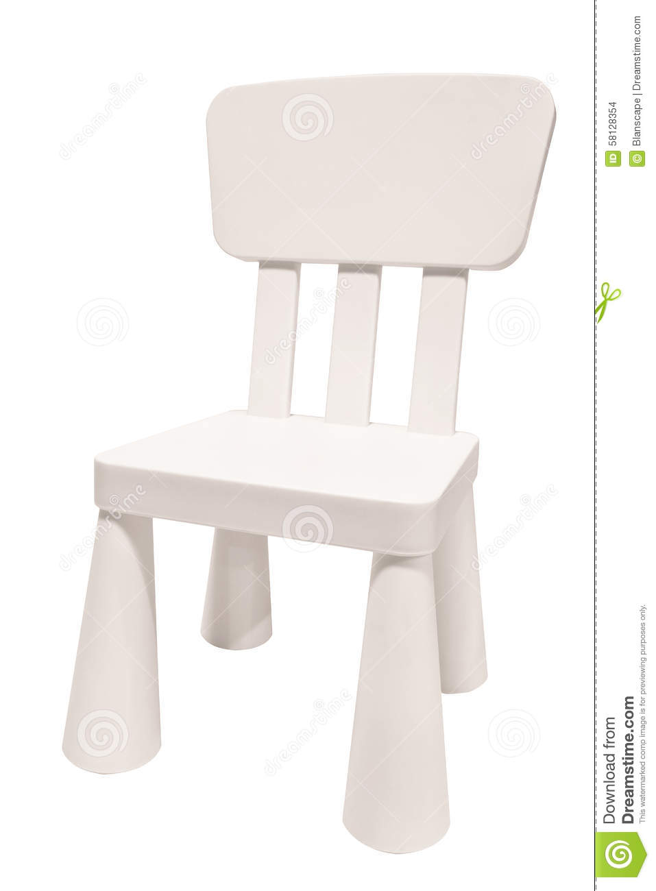 Chaise blanche de plastique d 39 enfants photo stock image for Chaise blanche plastique