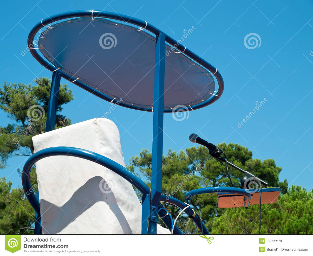 Chaise d 39 arbitre image stock image du p le place tennis for Chaise arbitre tennis occasion