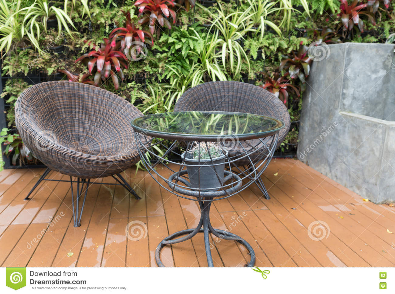 Table bureau enfant rotin kok maison nordik maison nordik