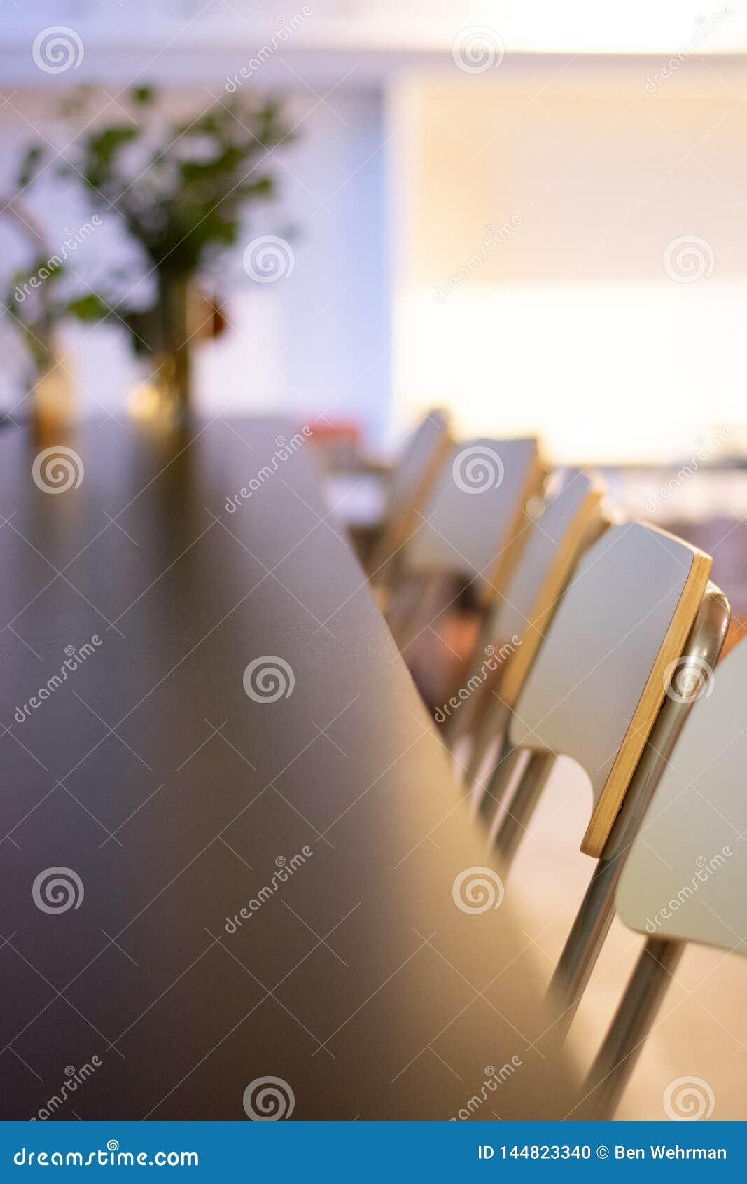 Chaises de conception intérieure