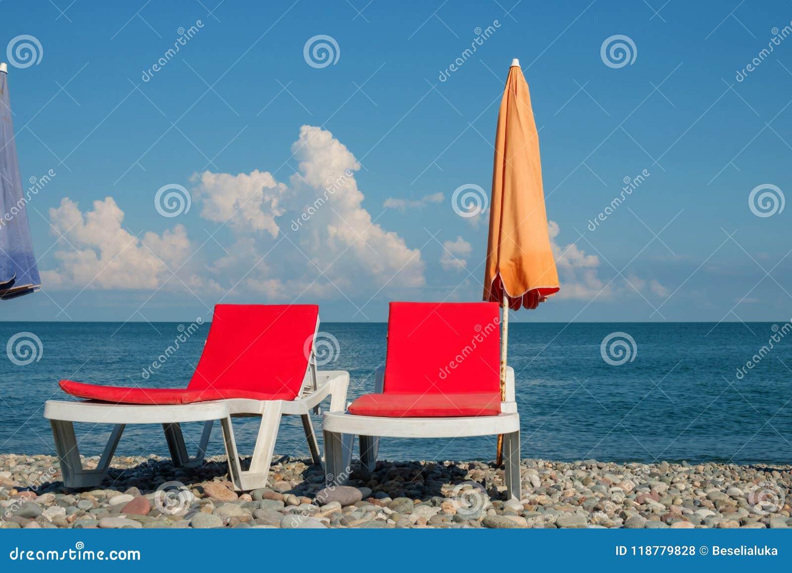 Chaisevardagsrum på stranden