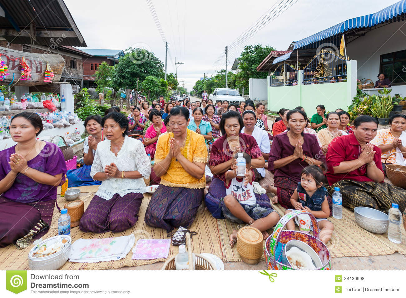 Chaiyaphum Thailand  city photos gallery : CHAIYAPHUM,THAILAND May 15 : Unidentified the buddhists pray to monks ...