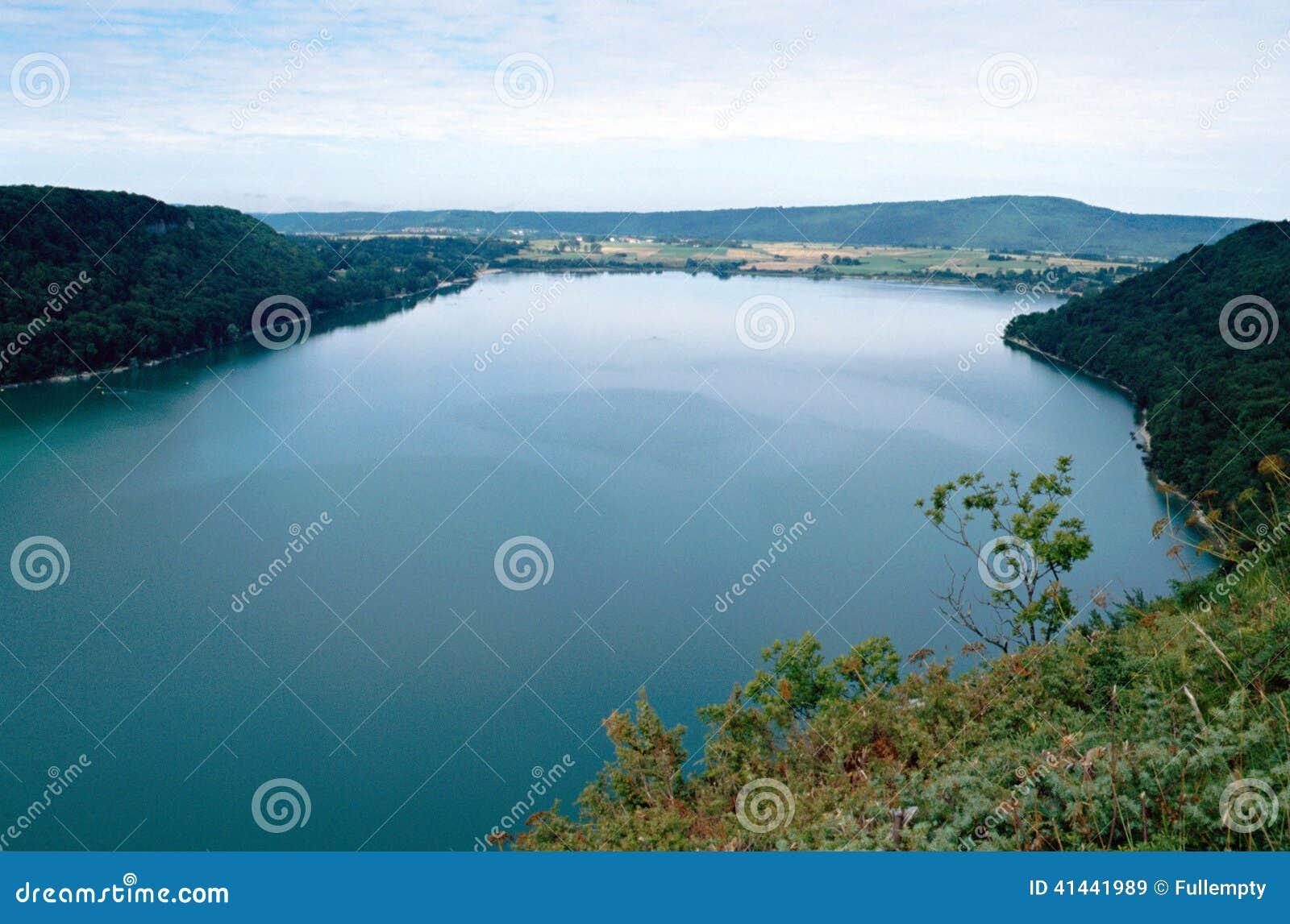 Chalain Sjo I Jura Frankrike Fotografering For Bildbyraer Bild Av Lake Green 41441989