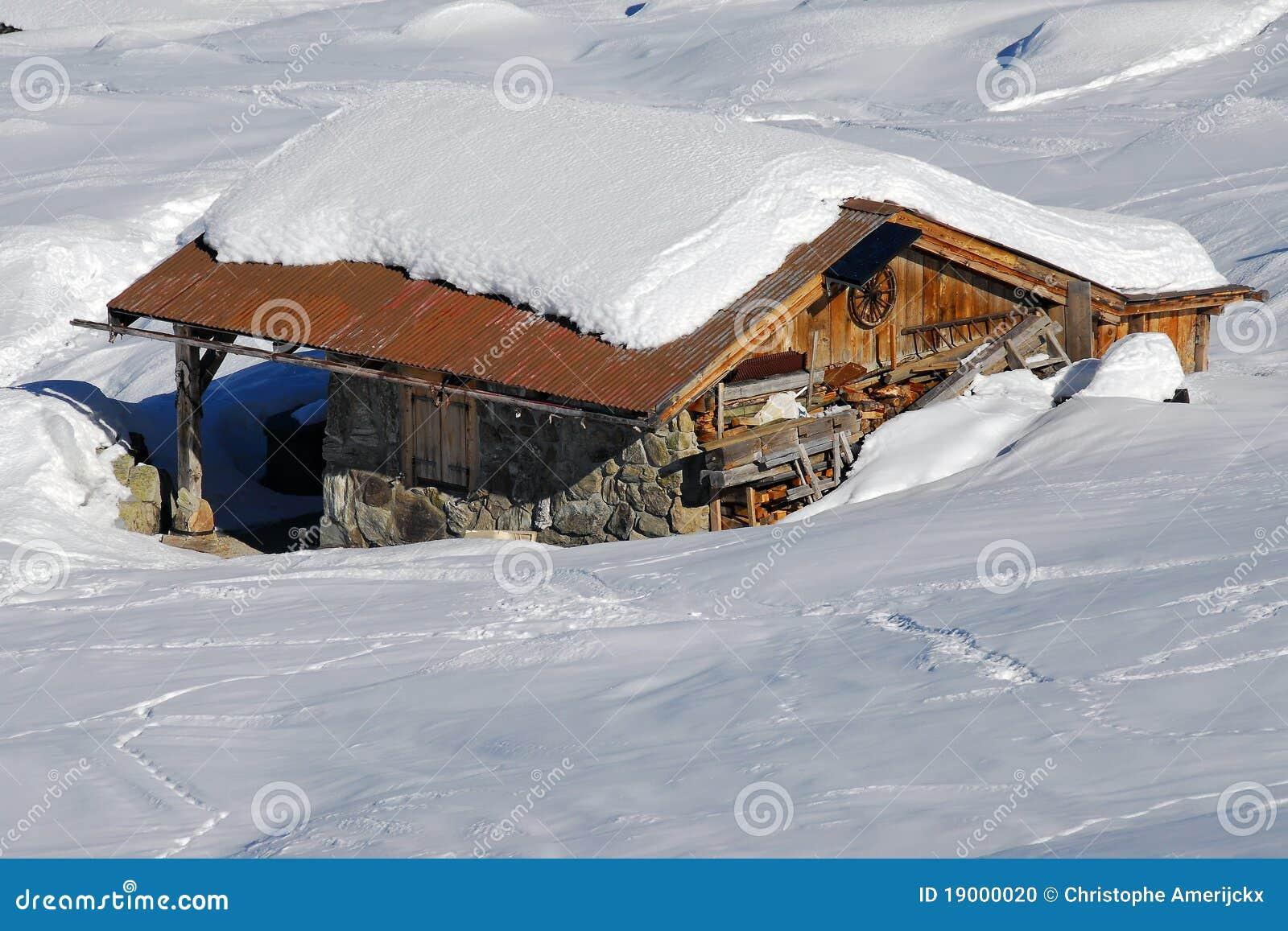 Chalet di legno svizzero