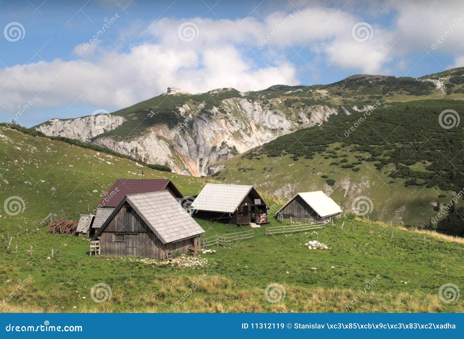 Chalets auf der Methode von Heukuppe zur Habsburk Hütte