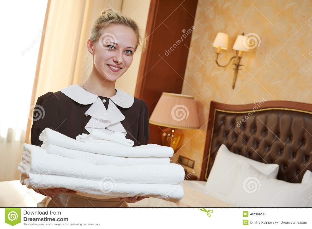 Chambermaid at hotel service stock image image 40288295 for Chambre de service