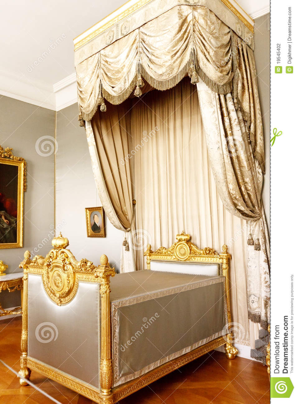 awesome chambre a coucher royal italy images design trends 2017