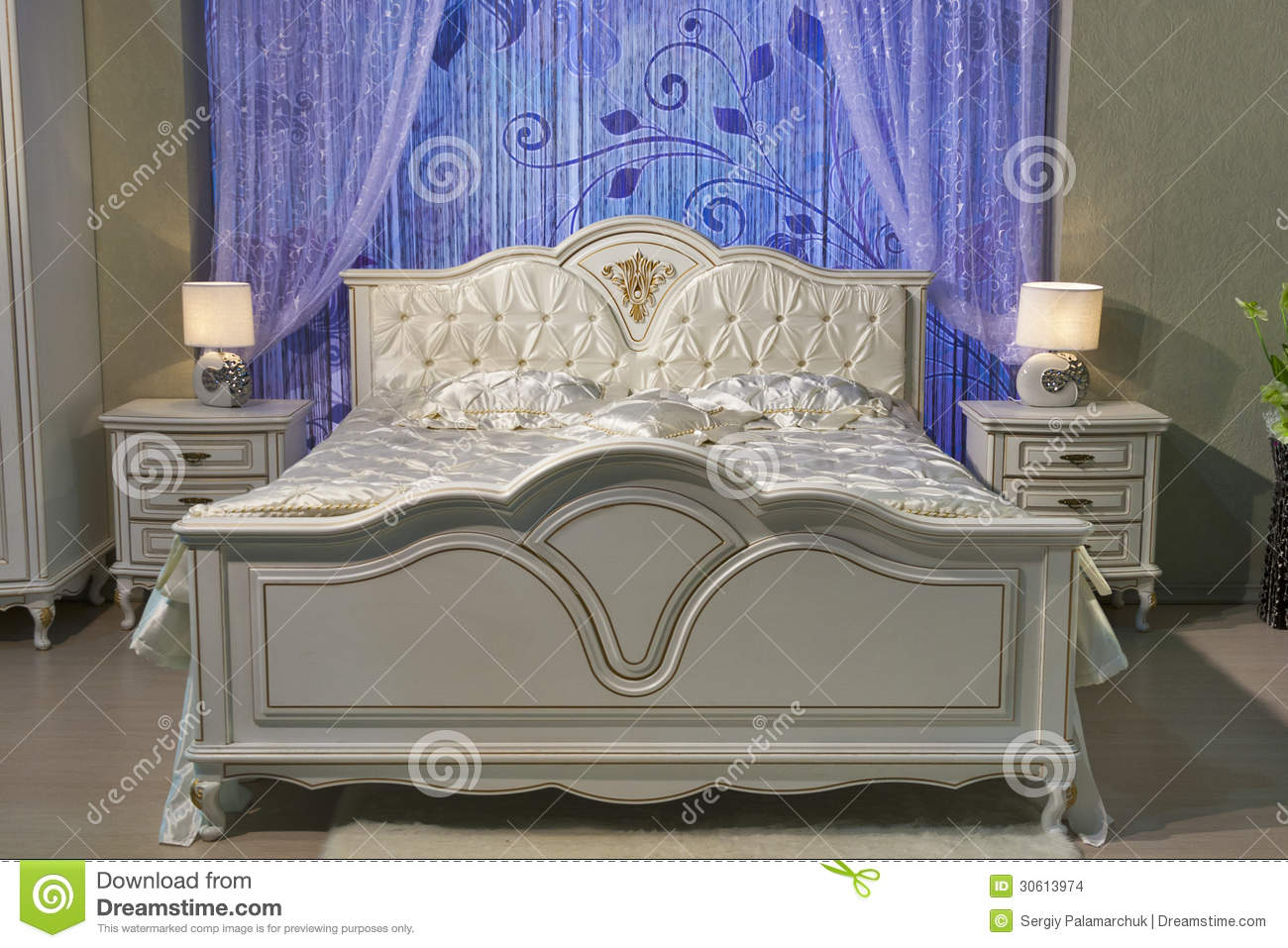 Chambre coucher baroque images stock image 30613974 - Chambre a coucher style baroque ...