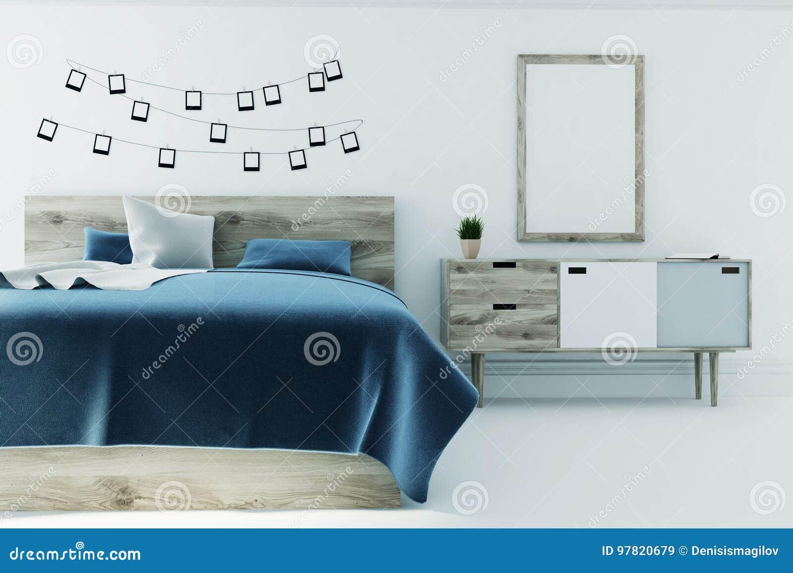 Chambre à Coucher Blanche Avec Une Affiche, Couverture Bleue ...