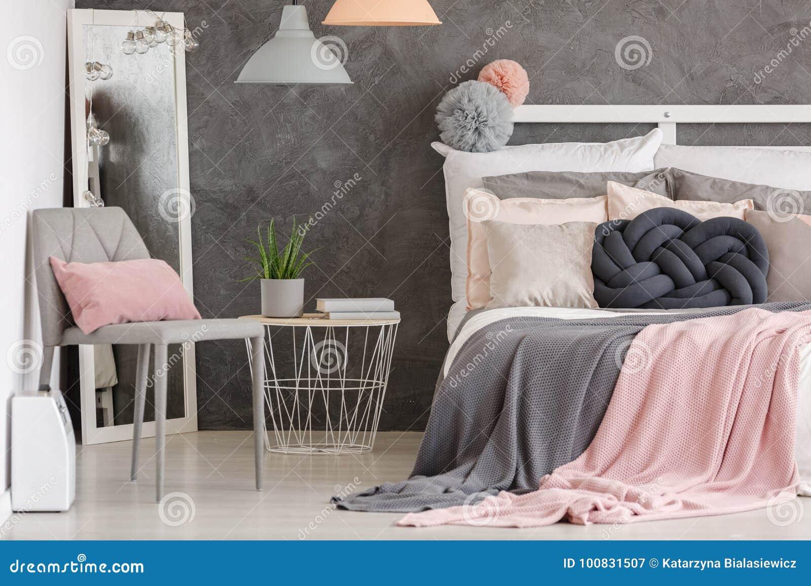 Chambre à Coucher De Couleur En Pastel De Femme