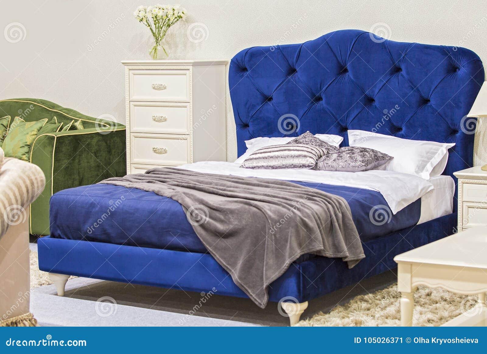 Avec Style Chambre Coucher Dans À De Le Luxe Antique Lit ...