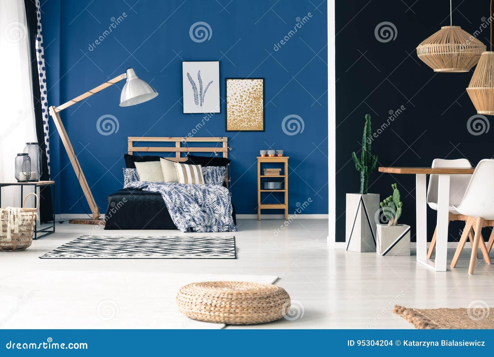 Chambre à coucher et salle à manger
