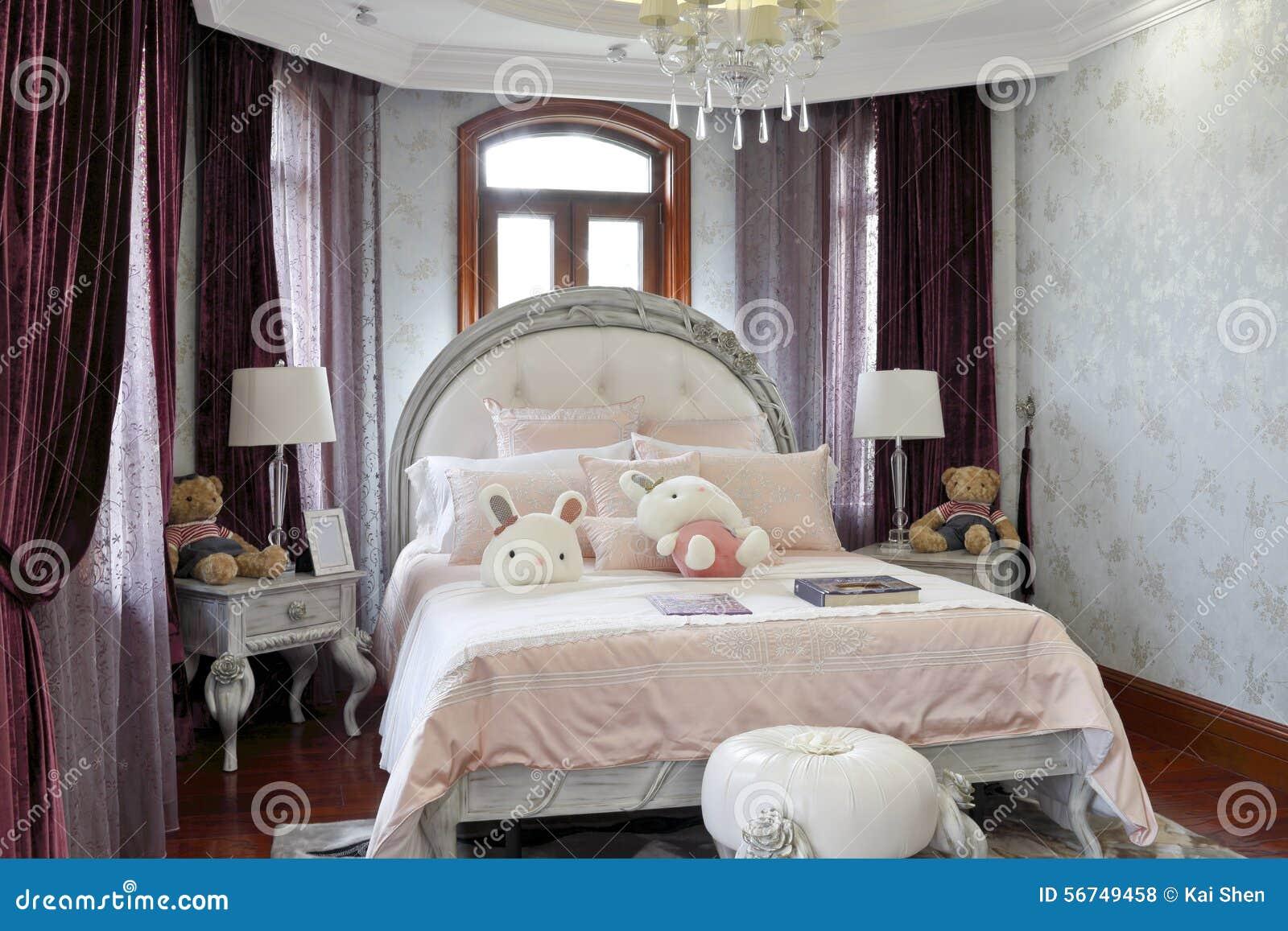 Chambre à coucher française de filles