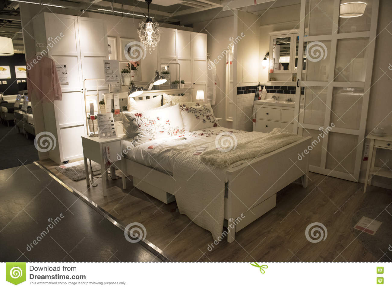 Chambre coucher id ale dans le magasin d 39 ikea sydney photo stock ditorial image du bedroom - Chambre a coucher magasin ...
