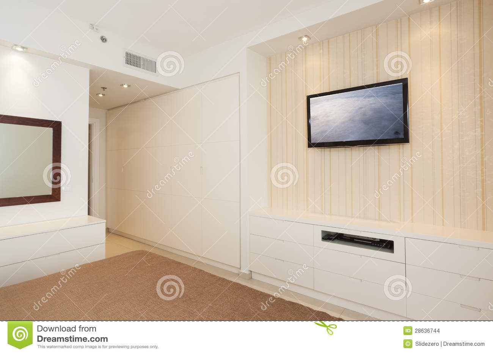 Chambre Coucher Lumineuse De Luxe Avec Hd Tv Images Stock Image 28636744
